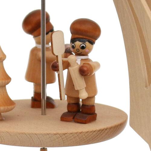 33 cm große Holz Teelicht Pyramide mit 5 Figuren Bäckerei 4 Lichter 50112