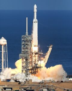 SPACEX-FALCON-HEAVY-LIFT-OFF-PAD-39A-KENNEDY-SPACE-CTR-8X10-NASA-PHOTO-AB-650