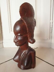 Antigua-Estatuilla-Africana-De-Femme-En-Madera-Cortada-En-El-Masa