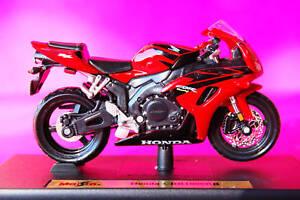 HONDA-CBR1000RR-1-18th-MODEL-MOTORCYCLE-RED