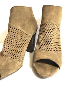 299ba55930c Details about Women's Size 10 Boots Ankle DV Dolce Vita Brown Booties Cute  Shoes