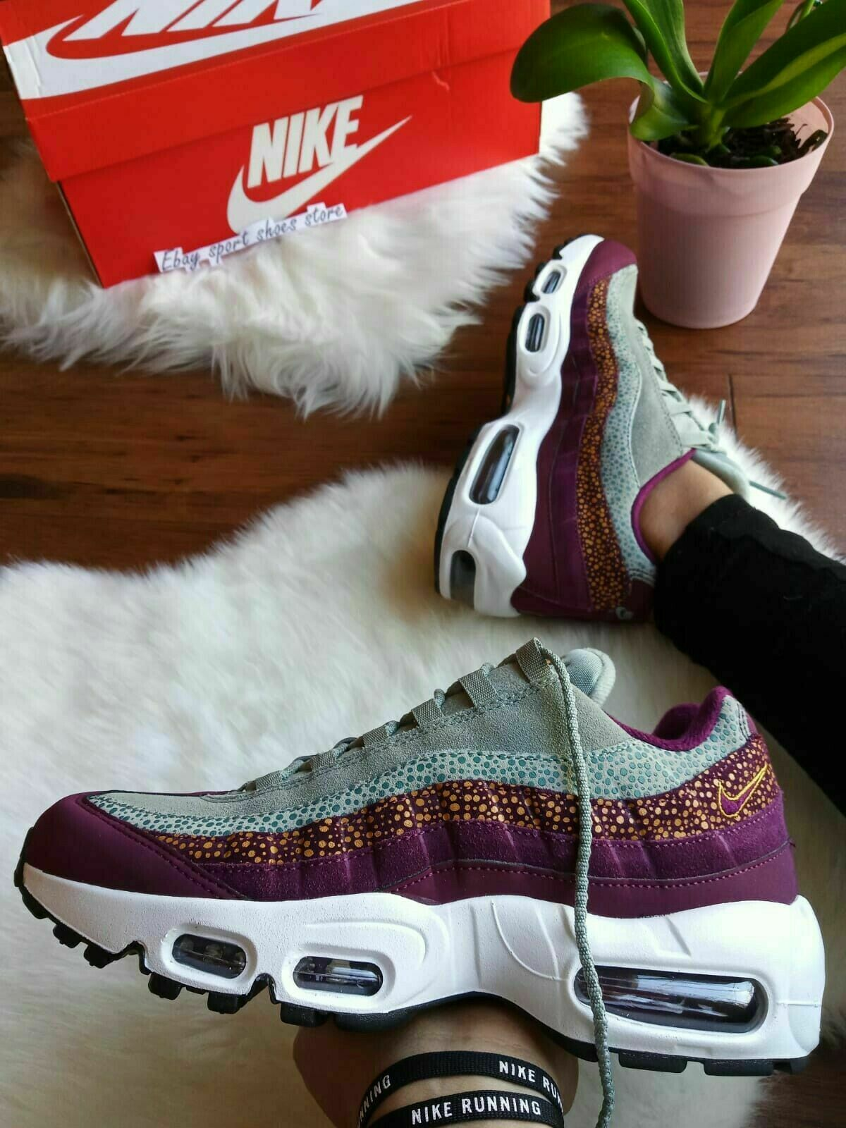 New Womens NIKE AIR MAX 95 Premium, Bordeaux (807443-601) UK 3, EU36,