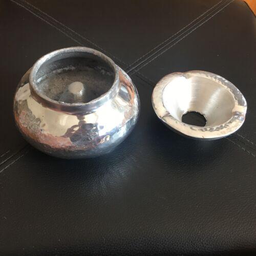 Cendrier marocain en aluminium  martelé D13//H8,anti odeur anti fumée NEUF
