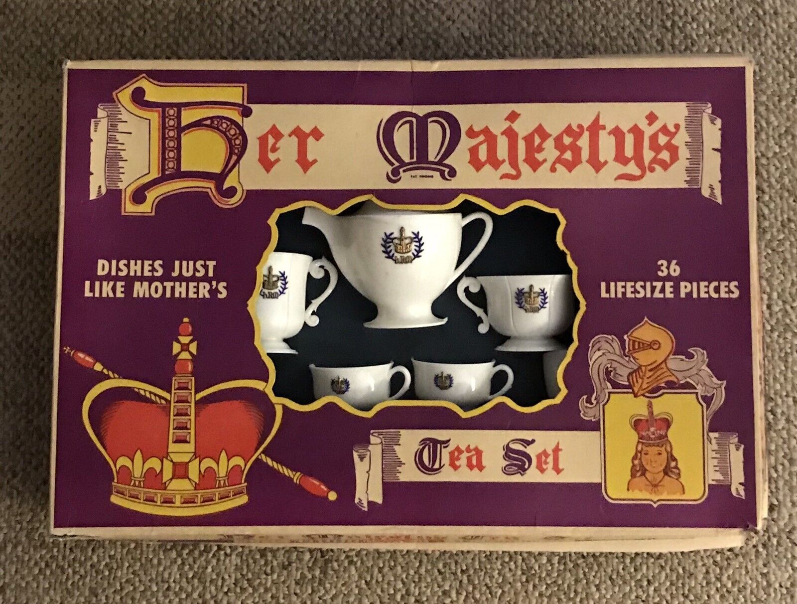 HER MAJESTY'S TEA SET  WORCESTER TOY CO. C.1960