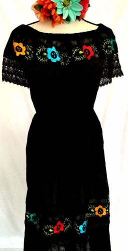 5 de Mayo Mexican Black Dress Hand Embroidery Crochet Floral Off shoulder 2X vtg
