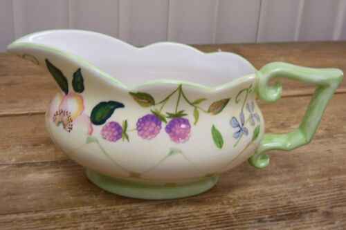 Tracy Porter Evelyn Collection Purple Berries Flowers Gravy Pitcher Boat