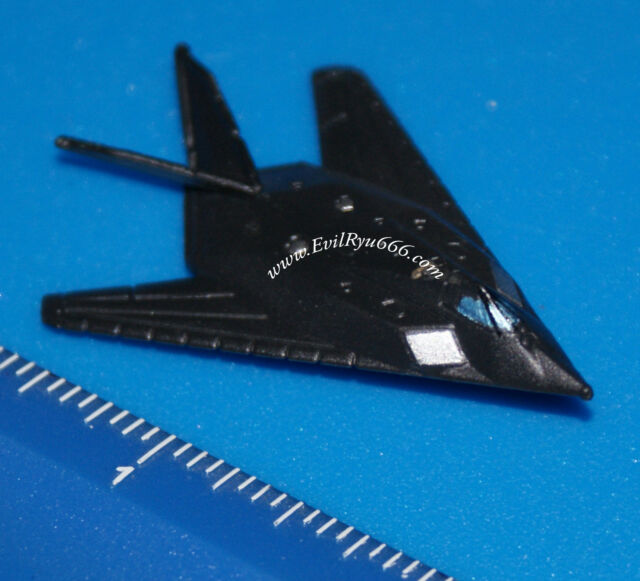 Military Micro Machines 1995 F-117 NIGHTHAWK STEALTH FIGHTER JET Galoob