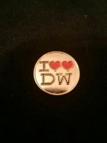 DR WHO QUALITY PIN BADGES COLLECTION THE MASTER DARLEK  CYBERMAN ETC