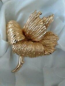 Vintage-Signed-GROSSE-1966-Germany-Textured-Statement-3D-Flower-Brooch-Pin