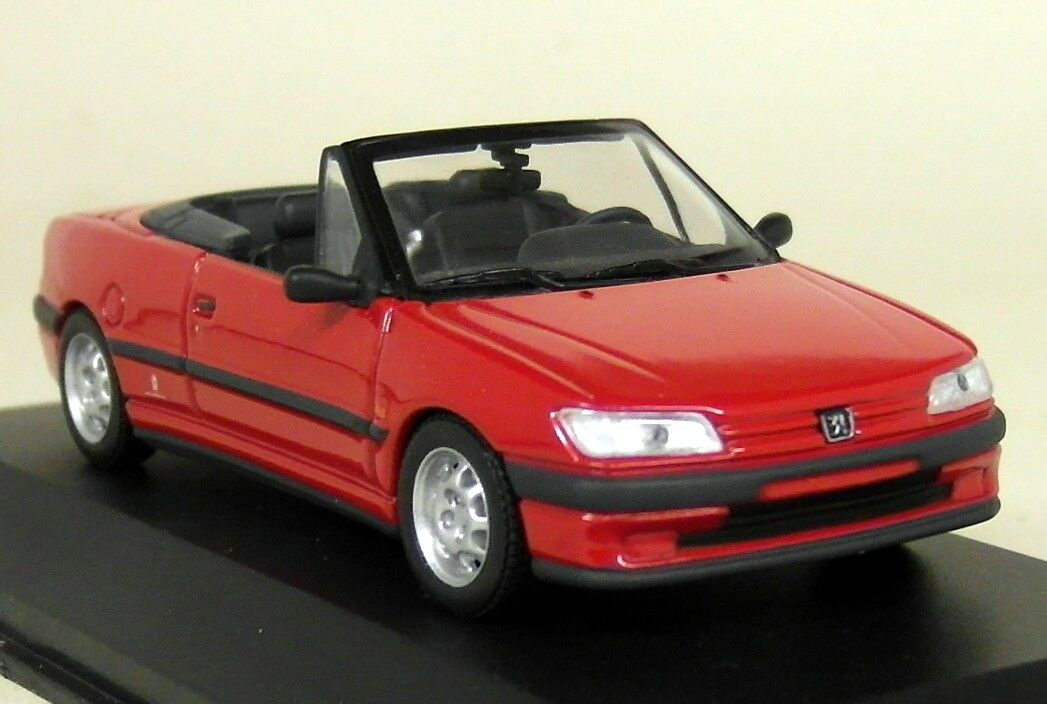 Minichamps 1 43 Scale 430 112532 Peugeot 306 Cabriolet '95 Red Diecast model Car