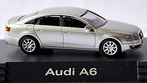 Audi-A6-Type-4F-Limousine-2004-08-in-PC-Vitrine-Display-Box-argent-clair-1-87