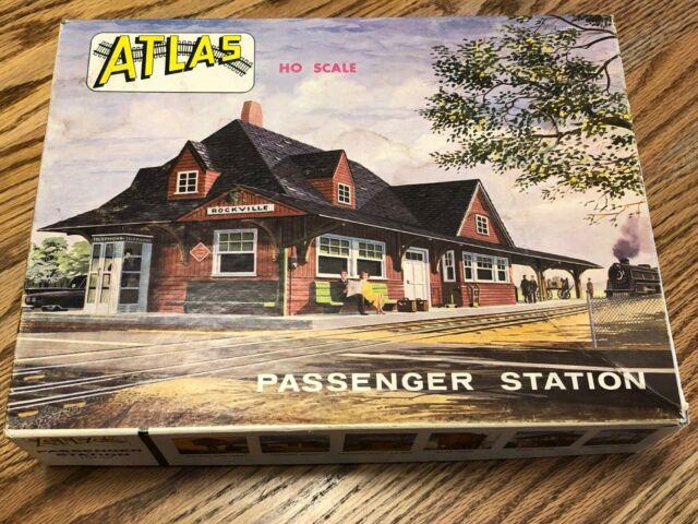 Atlas HO Scale Passenger Station #706-300 - Vintage 1960s / Unopened Package