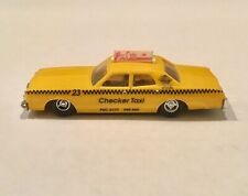 HO Scale Athearn Taxi Checker Cab Yellow//Green