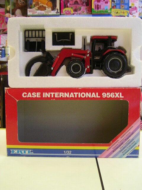 ERTL CASE INTERNATIONAL 956XL 1/32 COD.664