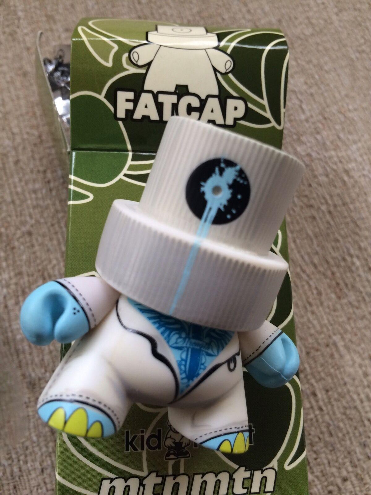Kidrobot 3    Fatcap Series 1 Deph Roller CHASE 1 100  alto sconto