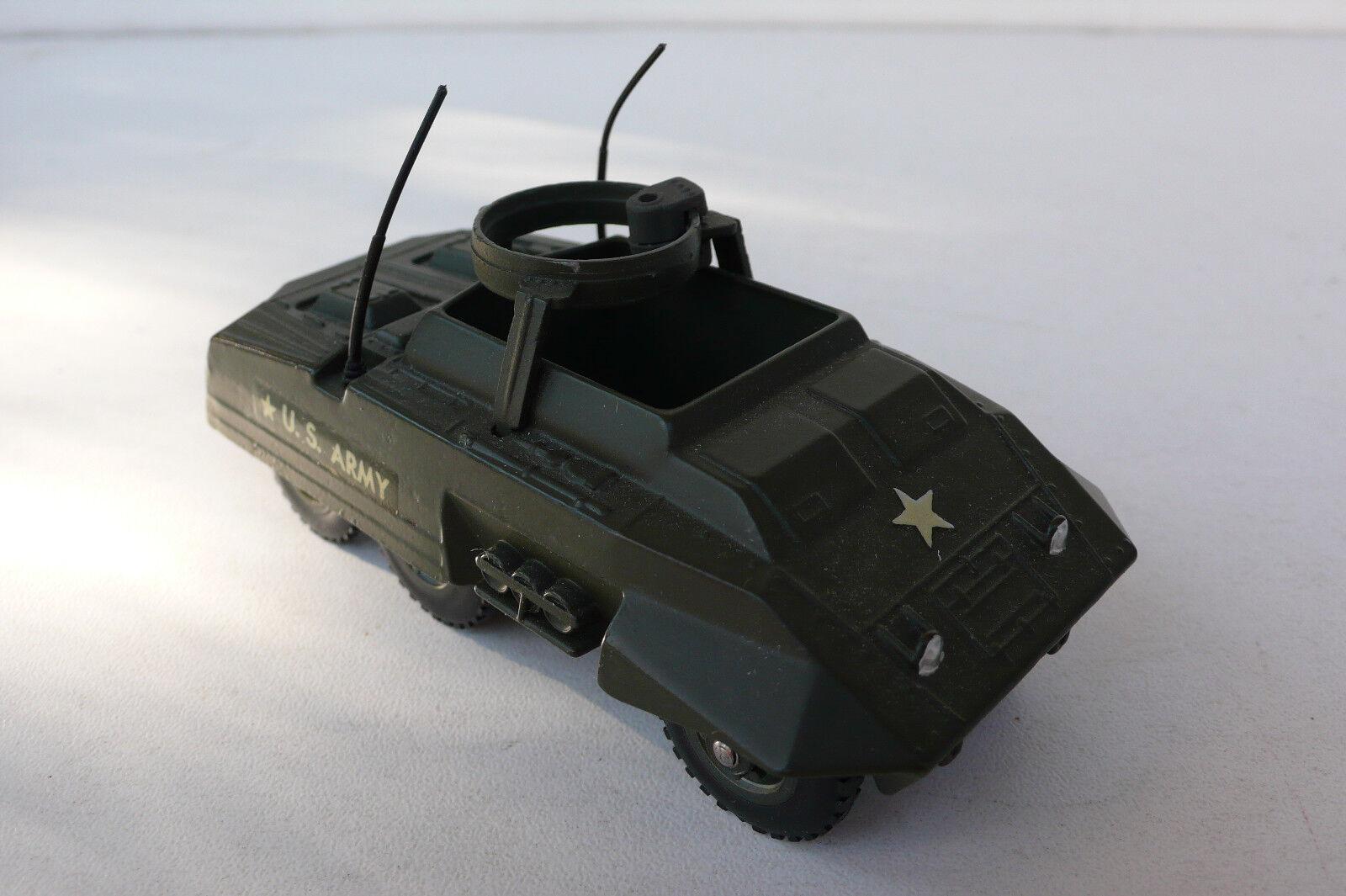 SOLIDO  COMBAT-CAR M 20   1961 80  ref 200  bon état  manque mitrailleuse N°2