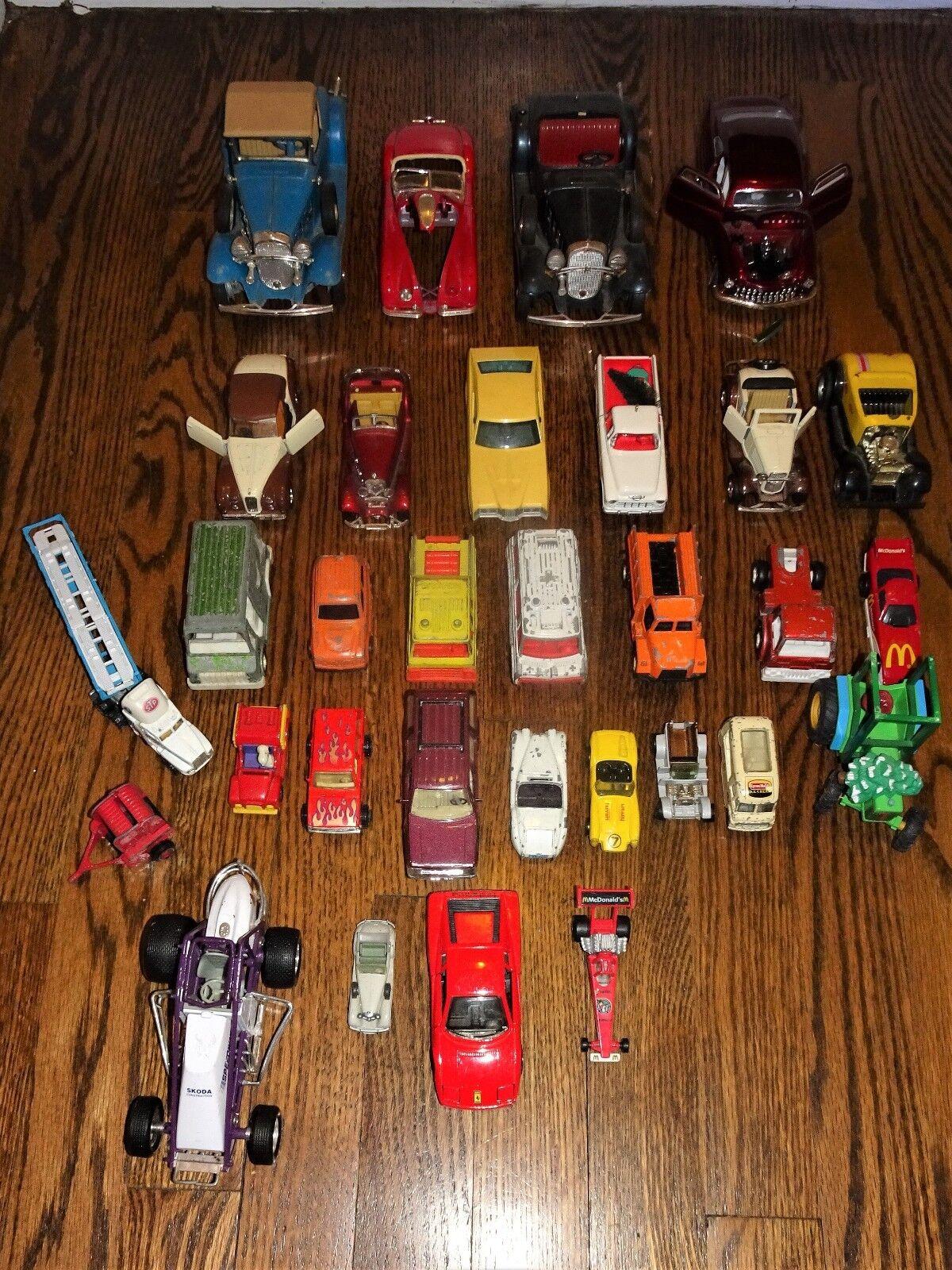 Masse-COLLECTIBLE DIE CAST-PLASTIC-TOOTSIE, OTHER Spielzeug VEHICLES-Autos-TRUCKS AS IS