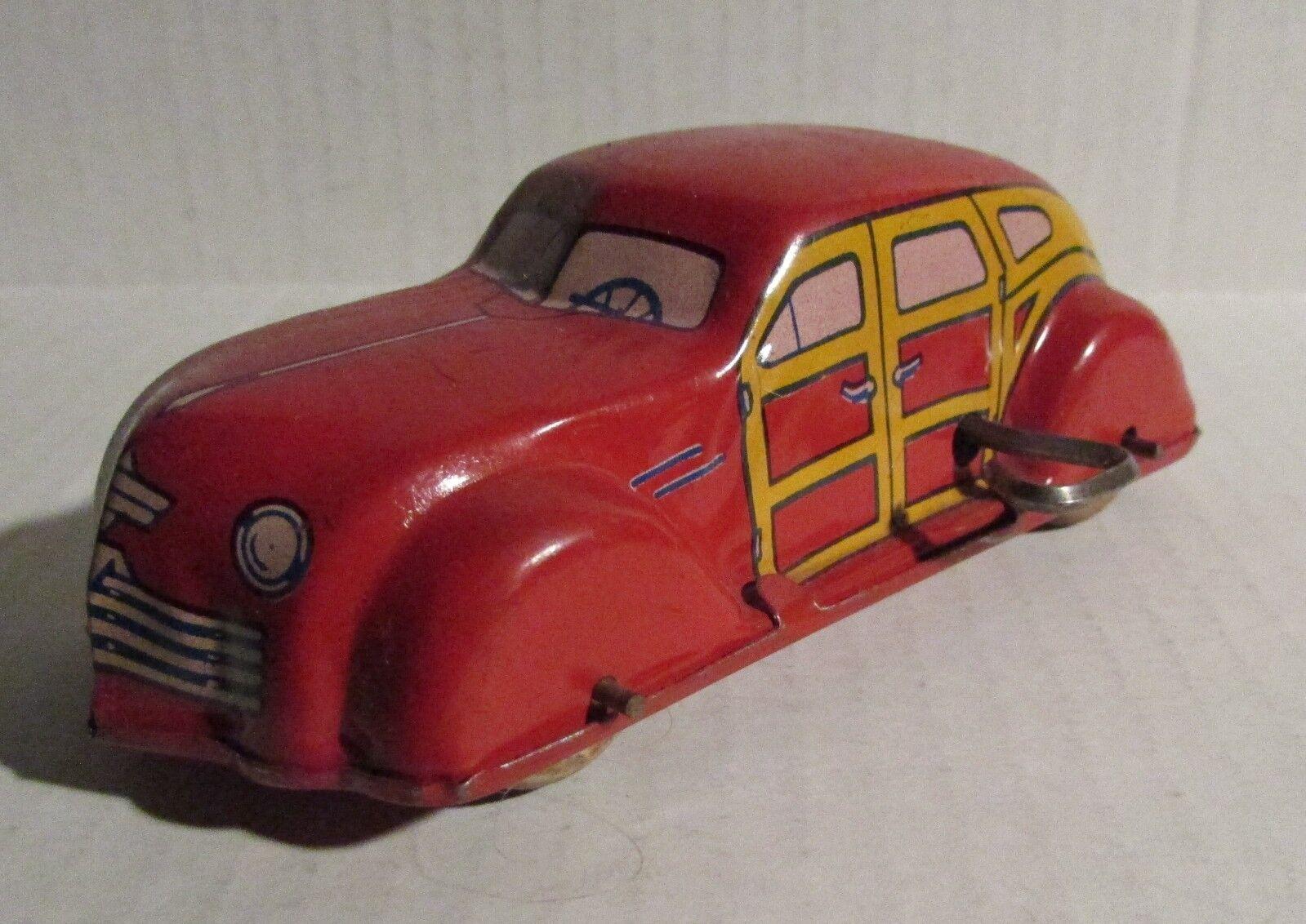 Vintage J CHEIN Wind-Up Tin Litho Red Sedan Family 5.25