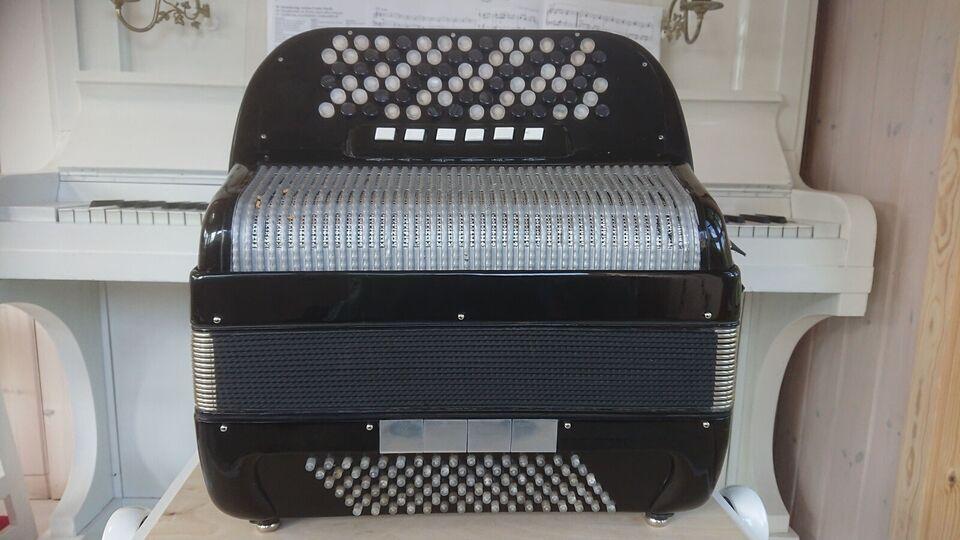 Knapharmonika, andet mærke Skala