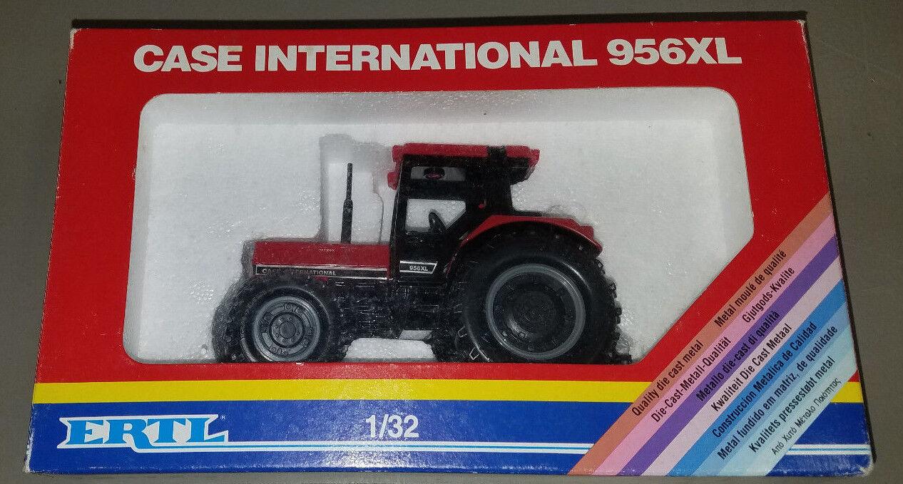 tiendas minoristas Los modelos de granja Ertl Case Case Case International 956 XL Tractor 1.32   661  ofrecemos varias marcas famosas