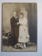 Görkau - stehendes Paar - Hochzeit - Portrait / KAB