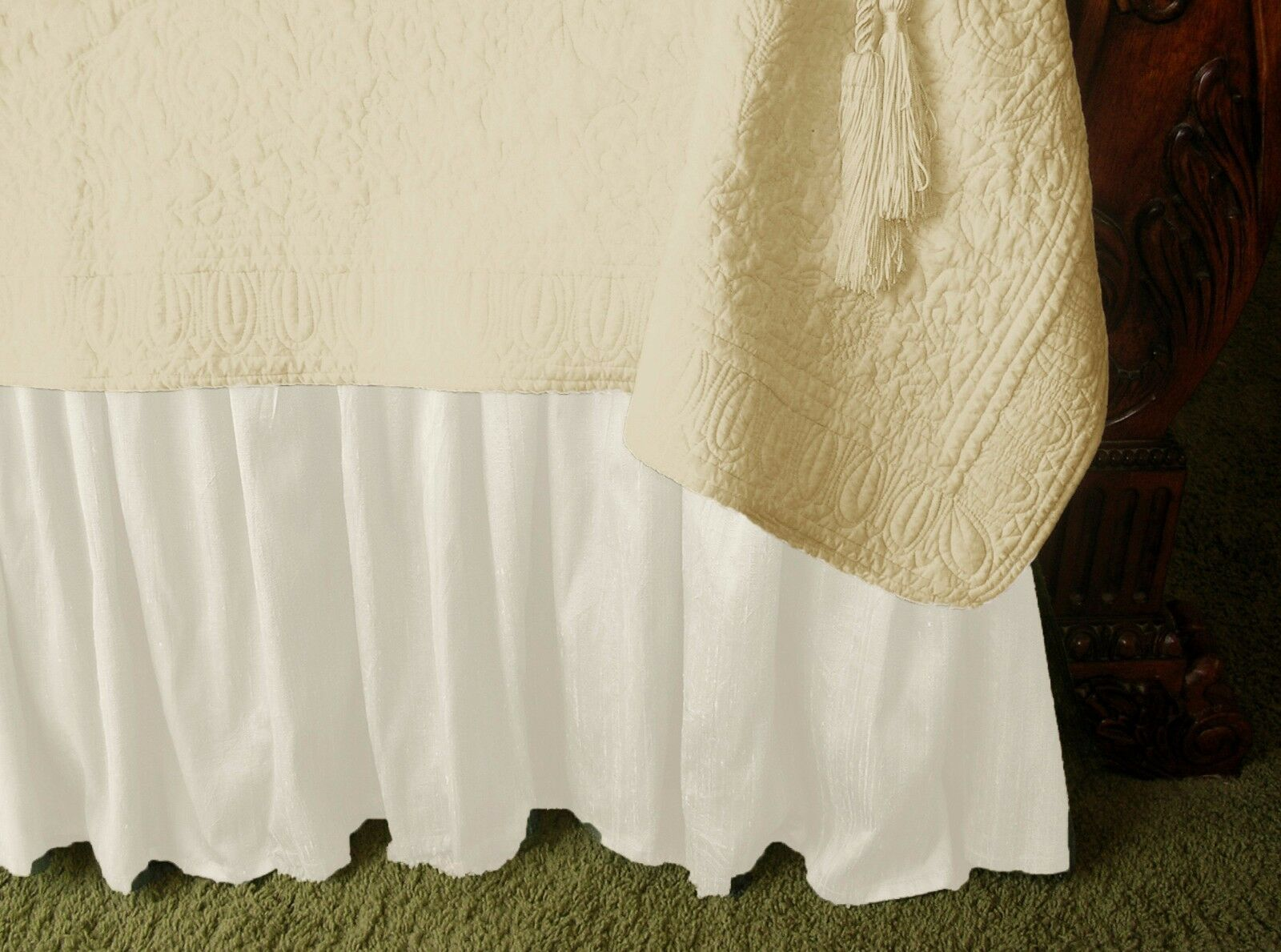 NEW SOFT SURROUNDINGS PROVENCAL SILK BEDSKIRT BISQUE (pale ivory)QUEEN Orig  219
