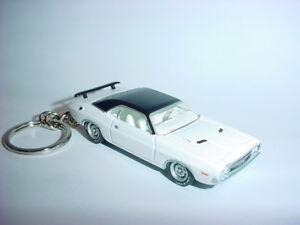 Neu 3d Weiß 1971 Dodge Challenger R/t Custom Schlüsselring Schlüssel 71 Mit Einem LangjäHrigen Ruf Schlüsselanhänger