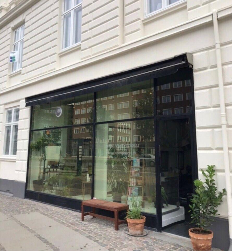 Butik  og lejlighed sælges