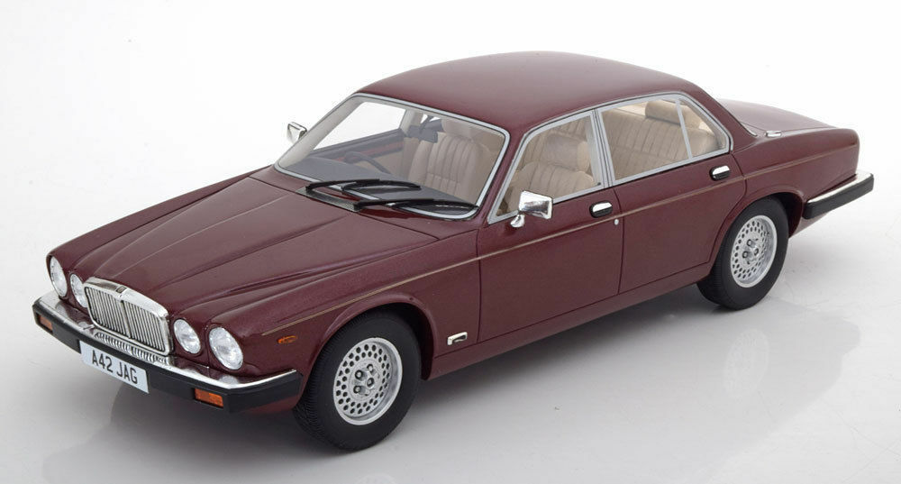 Cult 1983 Jaguar XJ S3 RHD Dark Red Metallic 1 18New Item