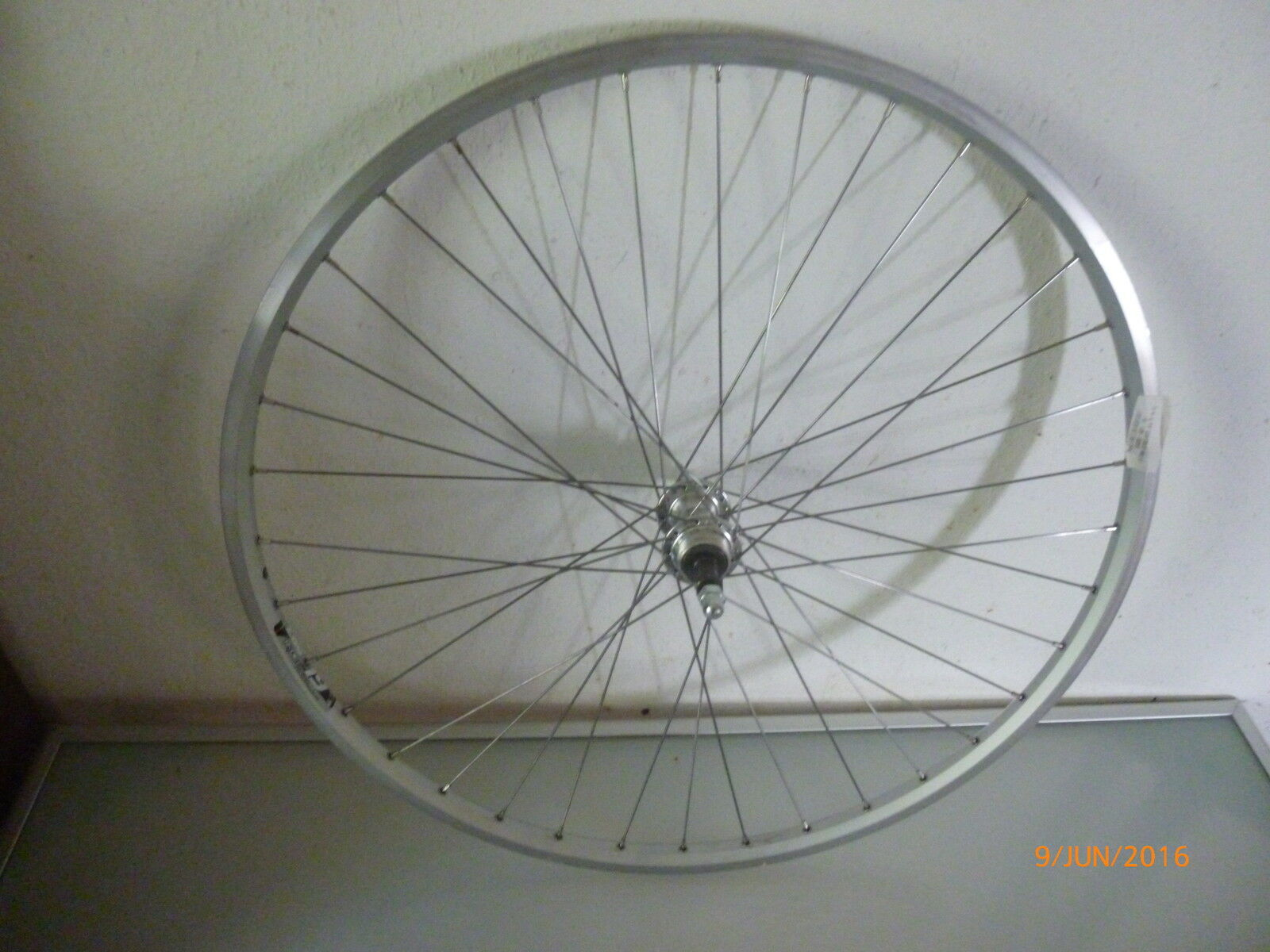 NEW 28x1x5 8 Inch Aluminium Double Walled Rear Wheel for cogset, Hand SPOKED