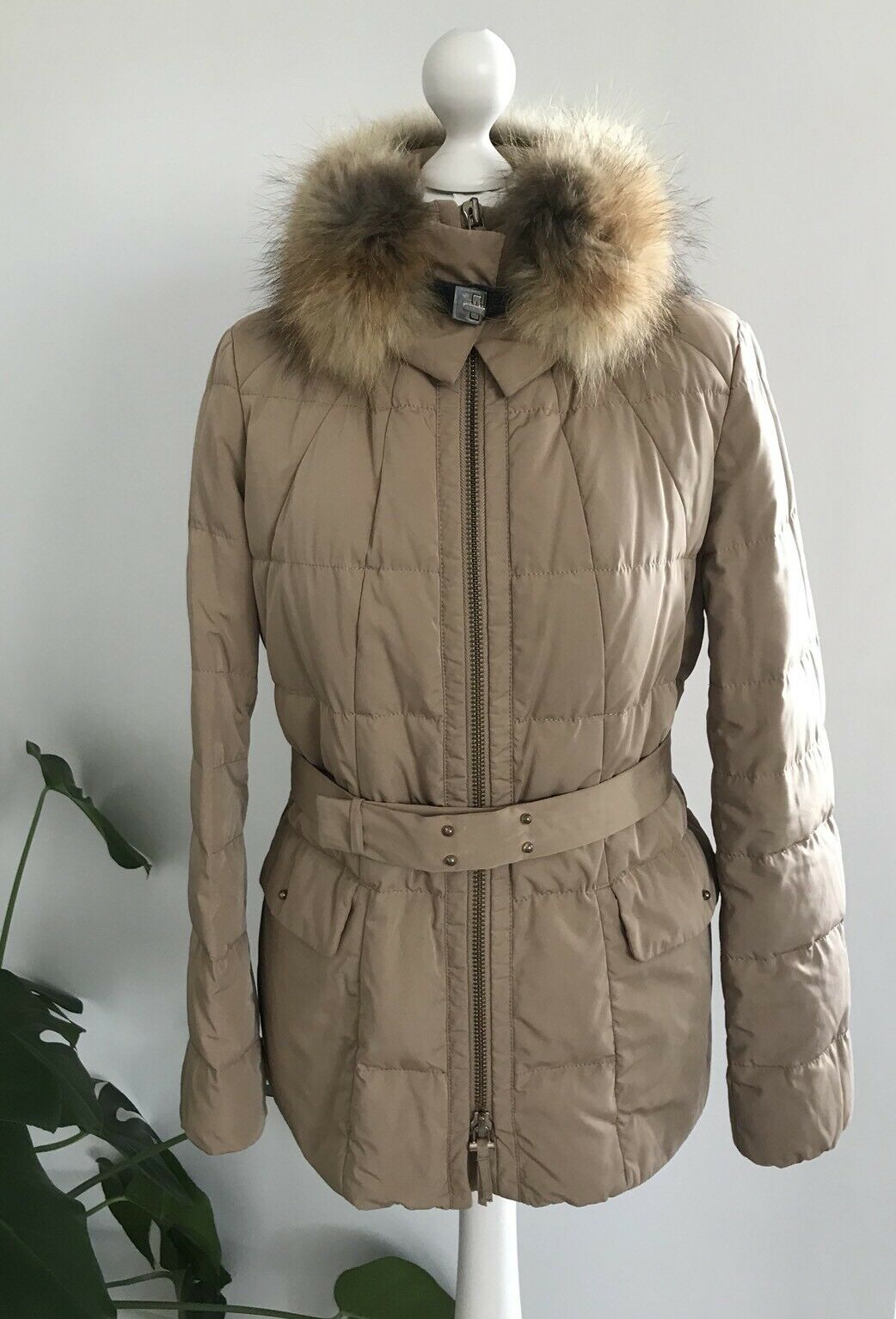Hugo Boss  Down Coat With Real Fox Fur Size 8