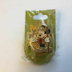 DLR-Camp-Pin-e-ha-ha-Compass-Mickey-Mouse-LE-500-Disney-Pin-53483