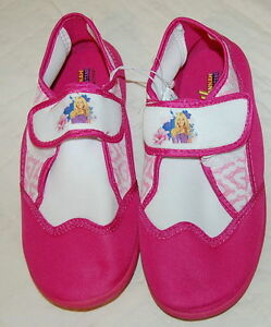 2c24c46a8cd43 Girls Shoes PINK WHITE HANNAH MONTANA WATER SHOES Disney SWIM BEACH ...