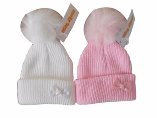 BNWT girls knitted winter little bow bobble hat with fur pom pom  0-3  3-6 mths