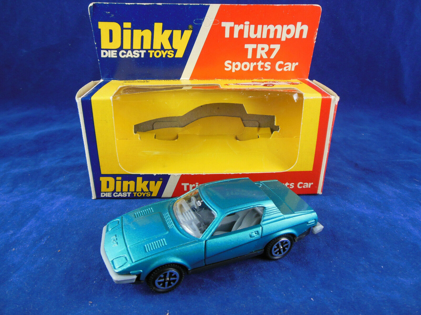 Scarce Dinky Spielzeugs 211 Triumph TR7 Sport voiture in Turquoise Mint & Original