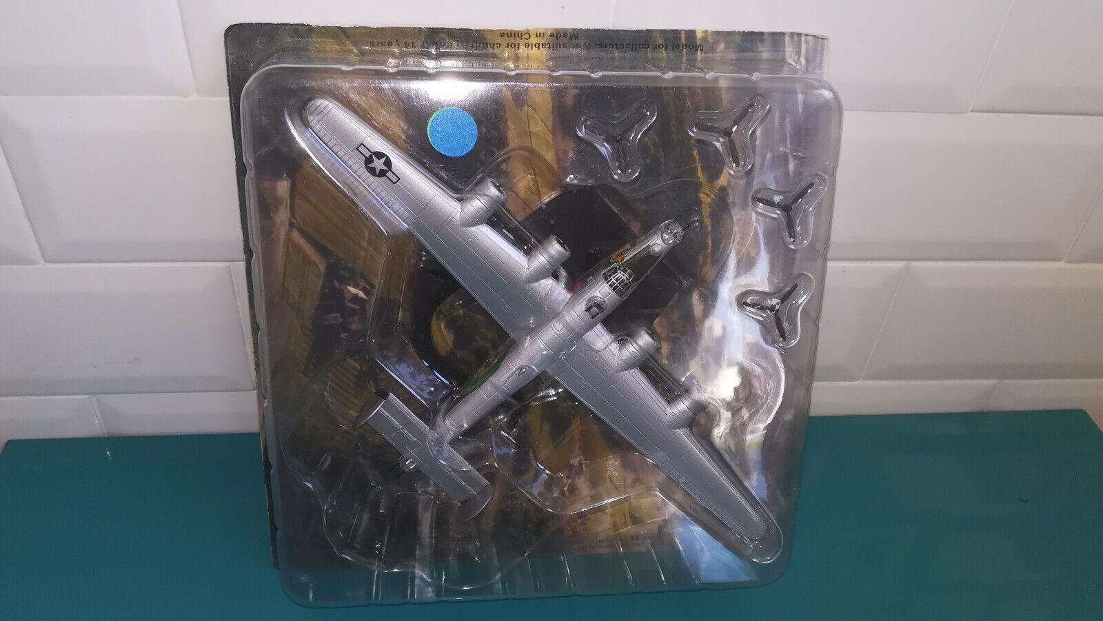 19.5.19.6 Avion Bombardiers IXO Altaya 1 144 Consolidated B-24J liberator USA