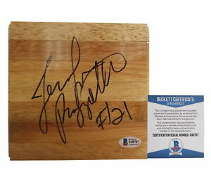 Jennifer-Rizzotti-Houston-Comets-UConn-Signed-Basketball-Floor-Beckett-BAS-Proof