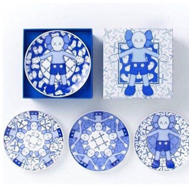 Lll4PCS KAWS Tableware Sesame Street  Ceramic Plate OriginalFake KAWS Accessories  fino al 65% di sconto