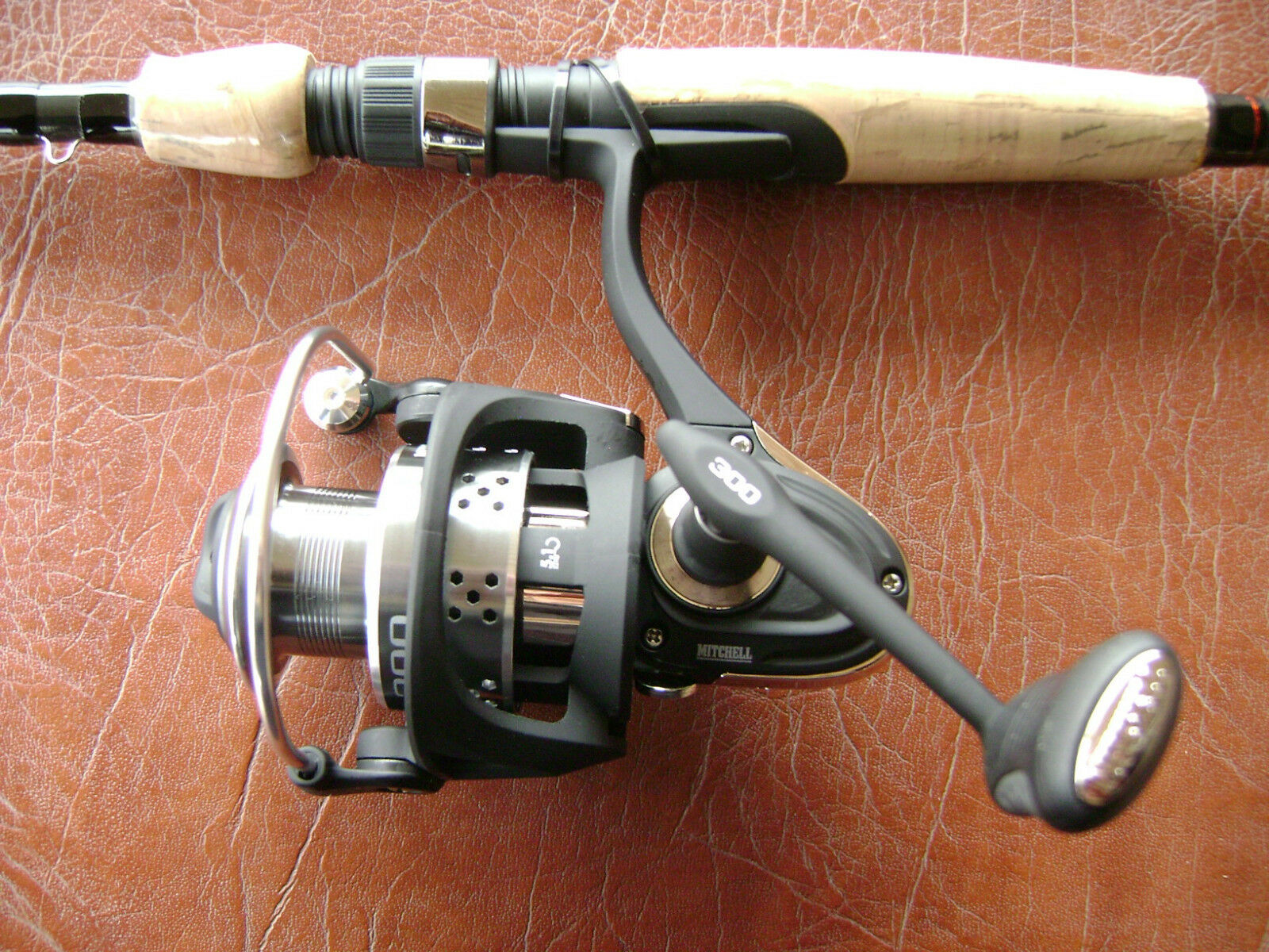Mitchell 300 Spinning Reel - NEW  MODEL -EXCELLENT BASS & WALLEYE - SALE    gorgeous