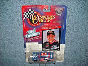 1998-WINNERS-CIRCLE-COOL-CUSTOMS-88-DALE-JARRETT-FORD-FAIRLANE-1-64-DIECAST-CAR