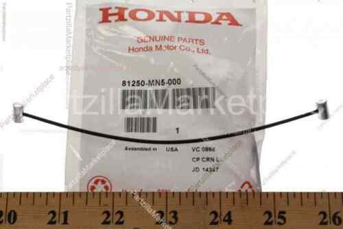 STOPPER  TRUNK LID Honda 81250-MN5-000