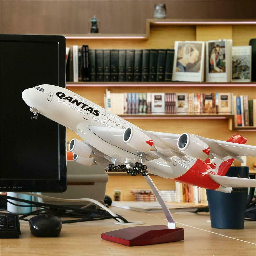 Large Model Planes Top Quality Solid Res. 1 160 40+ Airplanes inc Qantas Jetstar