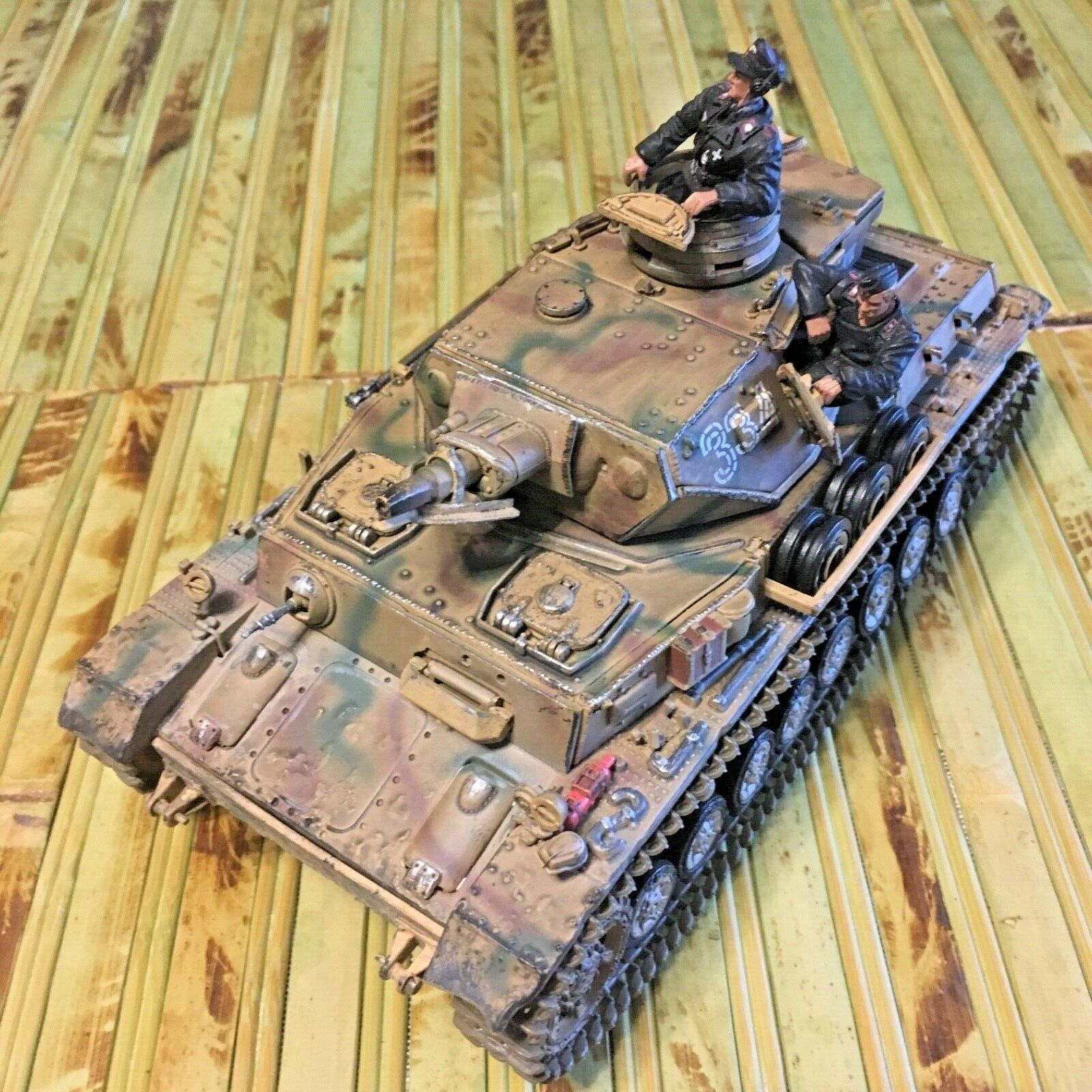 Forces of valor Panzer Mark IV AUS F 1 32