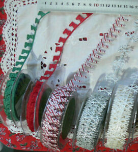 Satin-STOCKING-CANES-amp-SNOWFLAKES-Garland-1-amp-2-Metres-4-Colour-Style-Choice-CLD9