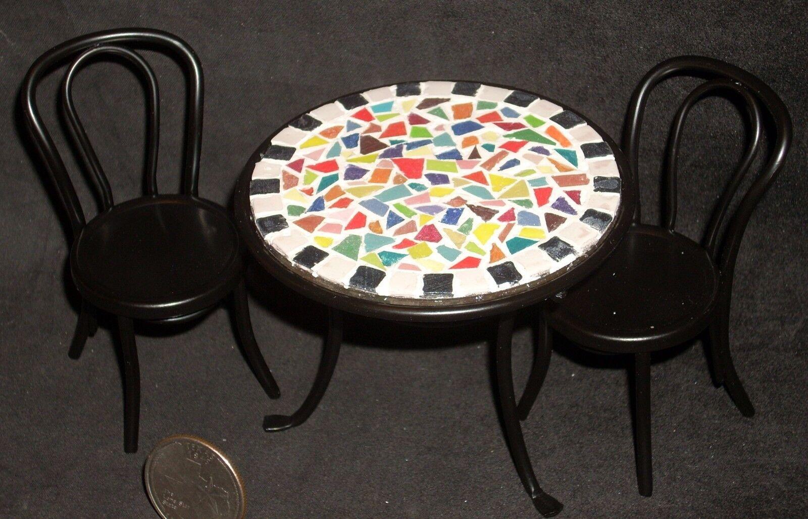 garanzia di credito Mosaic Topped Table 2 Chairs 1 12 Cafe Garden Patio Patio Patio Bistro Miniature S50 8399  ti renderà soddisfatto