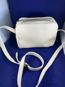 Furla-Women-039-s-Shoulderbag-Leather-1980-039-s-Tote-Made-in-Italy-Off-White-2-Zipper