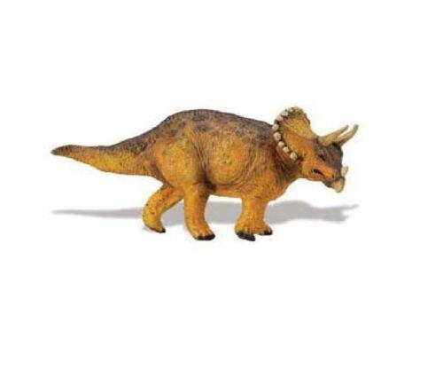 Triceratops 6 5//16in Series Dinosaurs Safari Ltd 411501