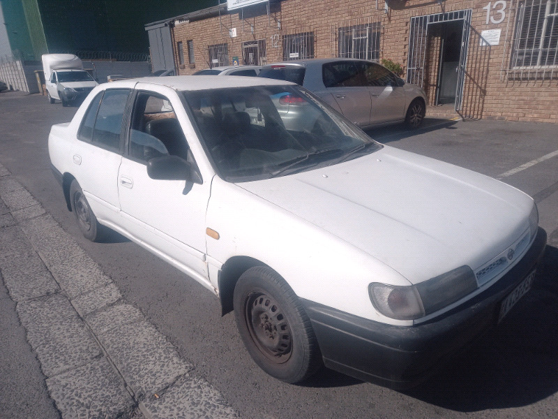 Nissan sentra 1.6 carb stripping for spares