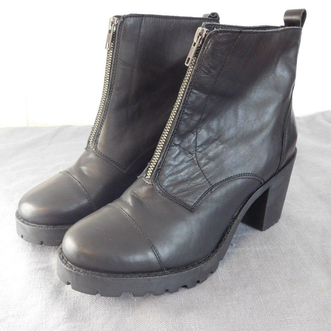 ZIGN Stiefel   Gr. 42   Echtleder mit Reißverschluss am Spann