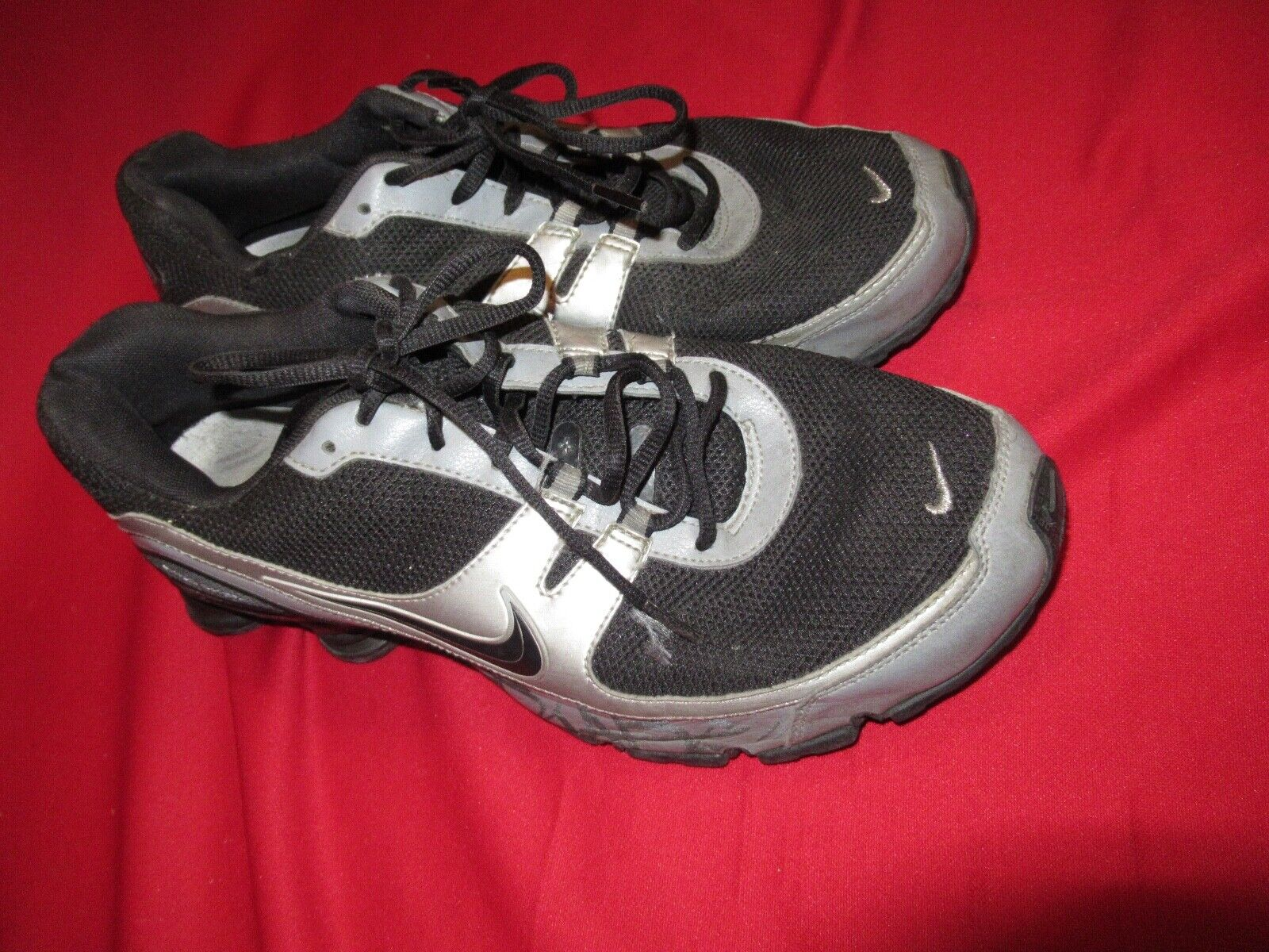 Vintage 2007 NIKE SHOX Black Silver Swoosh Tennis training shoes 11 Running